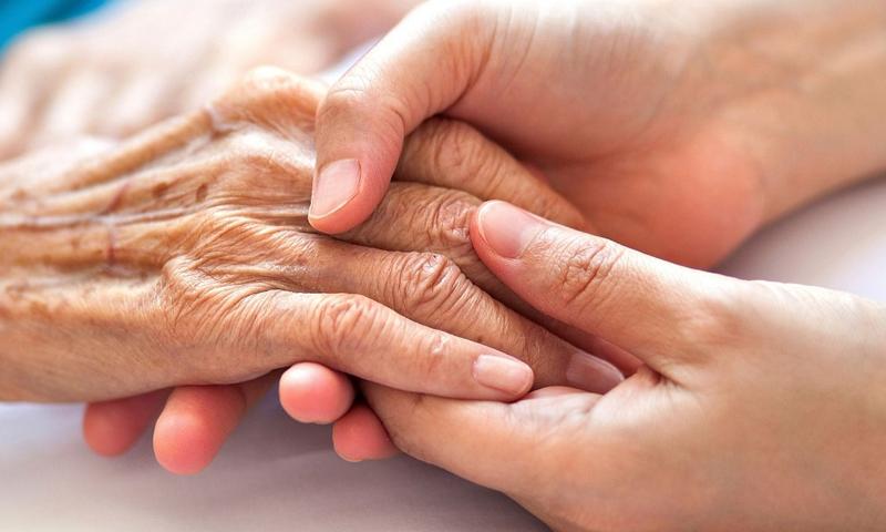 کورونا وائرس کا بزرگوں پر اثرات اور ان کا خیال